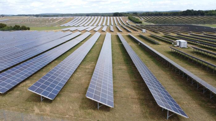 Ein Blick auf die Solarpaneele in Weierweiler