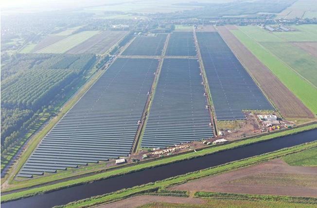 Solarprojekt Stadskanaal Frontalperspektive