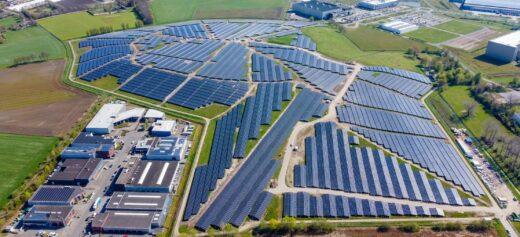Luftaufnahme vom Solarpark Bavelse Berg